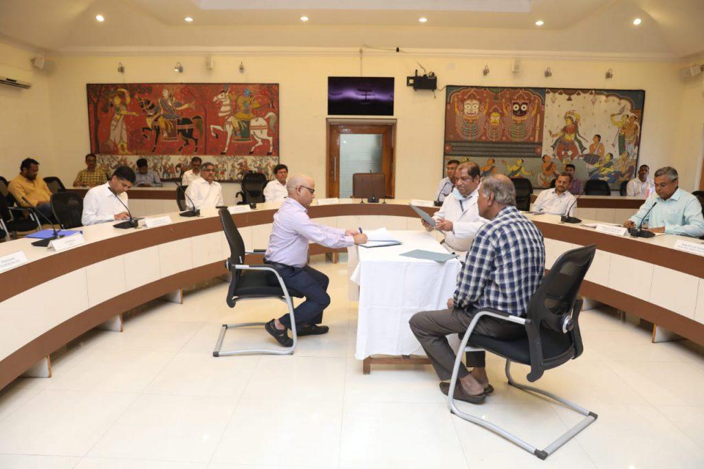 Largest coronavirus hospital Odisha KIMS 3